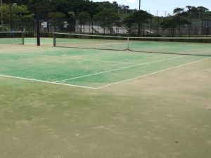 宜野湾のいこいの市民パークのテニスコート