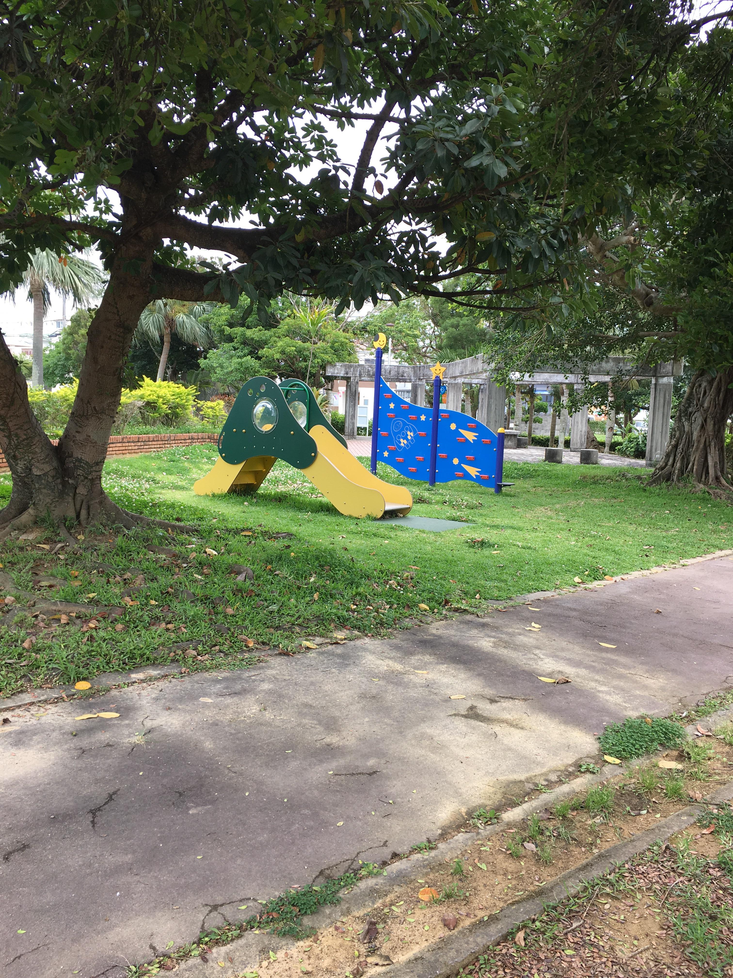 上勢頭北公園の遊具