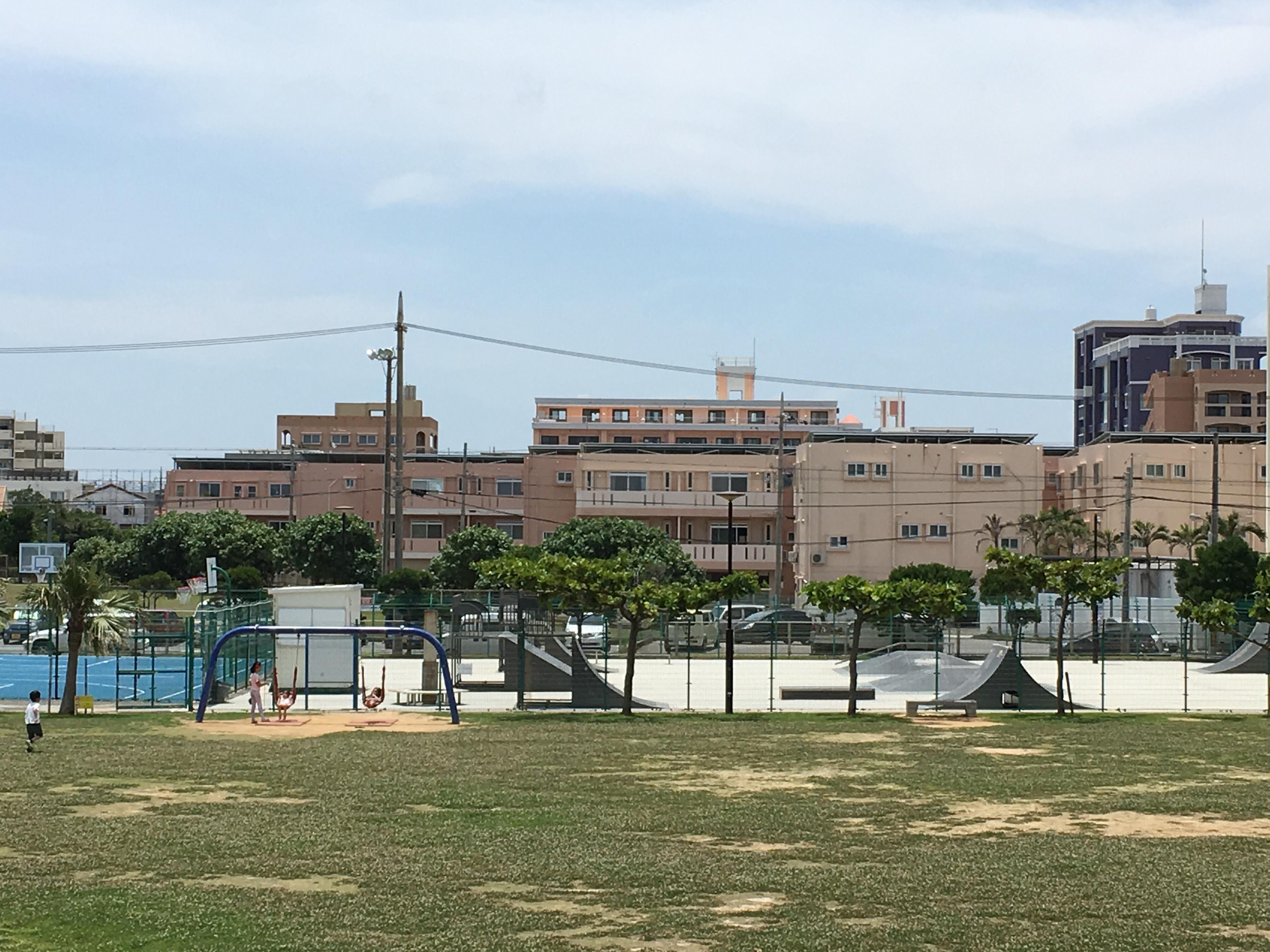 砂辺馬場公園のスケボーができる広場