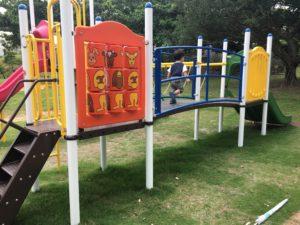 桑江公園の複合遊具