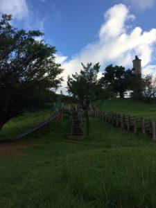 沖縄市の八重島公園の遊具広場の滑り台