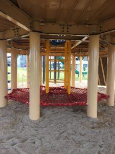若夏公園の遊具