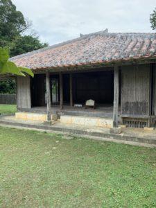 沖縄こどもの国にある沖縄の家
