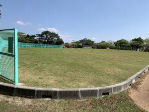 森川公園の広場